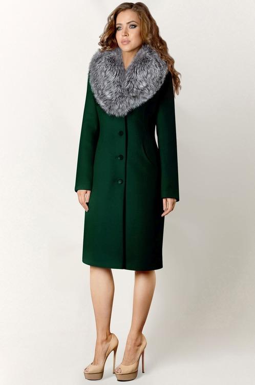 Изумрудное пальто с мехом лисы арт.404