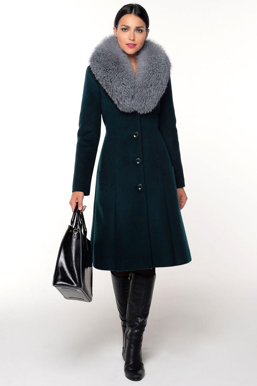 Расклешенное пальто с песцом арт.103